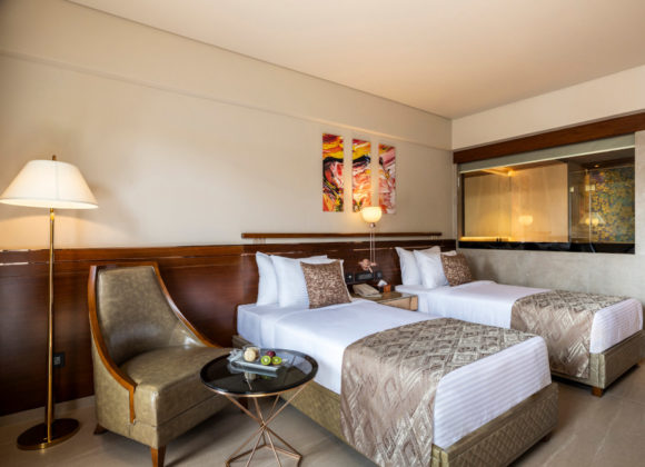 YU Luxe Twin Room
