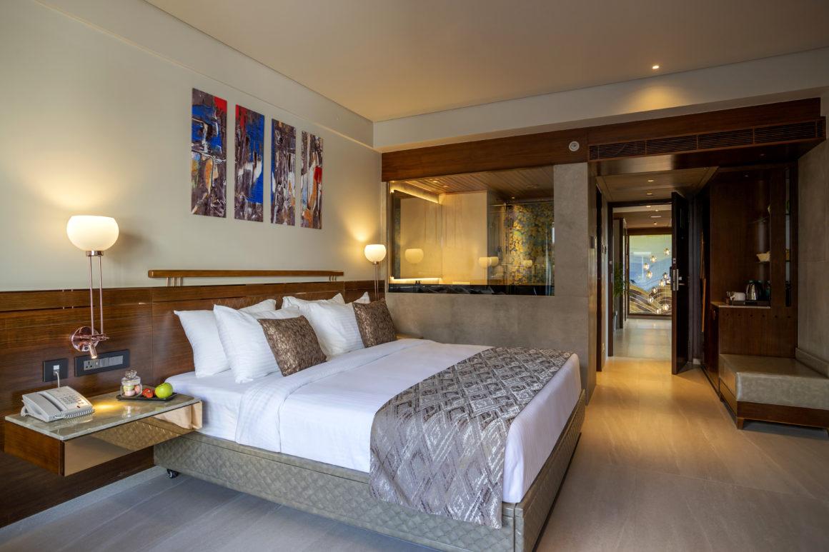 hotels near beach goa